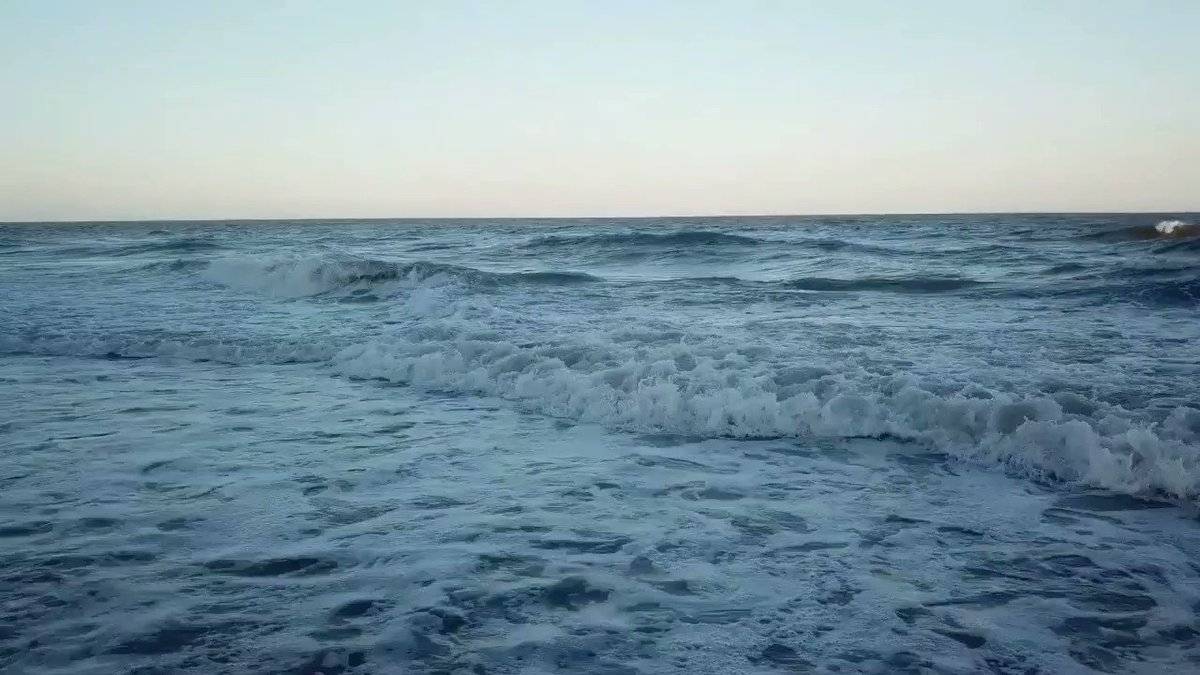 A little wind means some nice breaking waves...