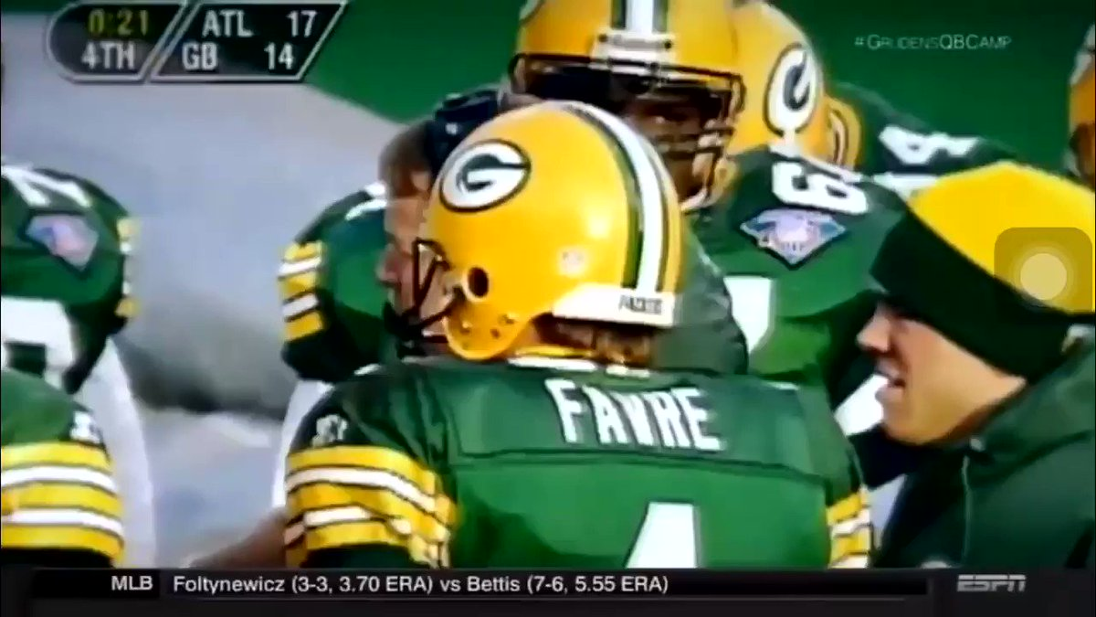 RT @C_Mar54: In honor of Brett Favre coming out of retirement for an hour here is my favorite Favre story: https://t.co/bP3OY0HjwC