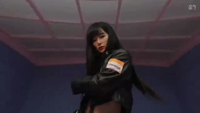"""THIS DESERVES A MILLION VIEWS   My #TeenChoice for #ChoiceElectronicDanceSong is """"Close To Me (Red Velvet Remix)"""" by @elliegoulding, @diplo & @RVsmtown"""