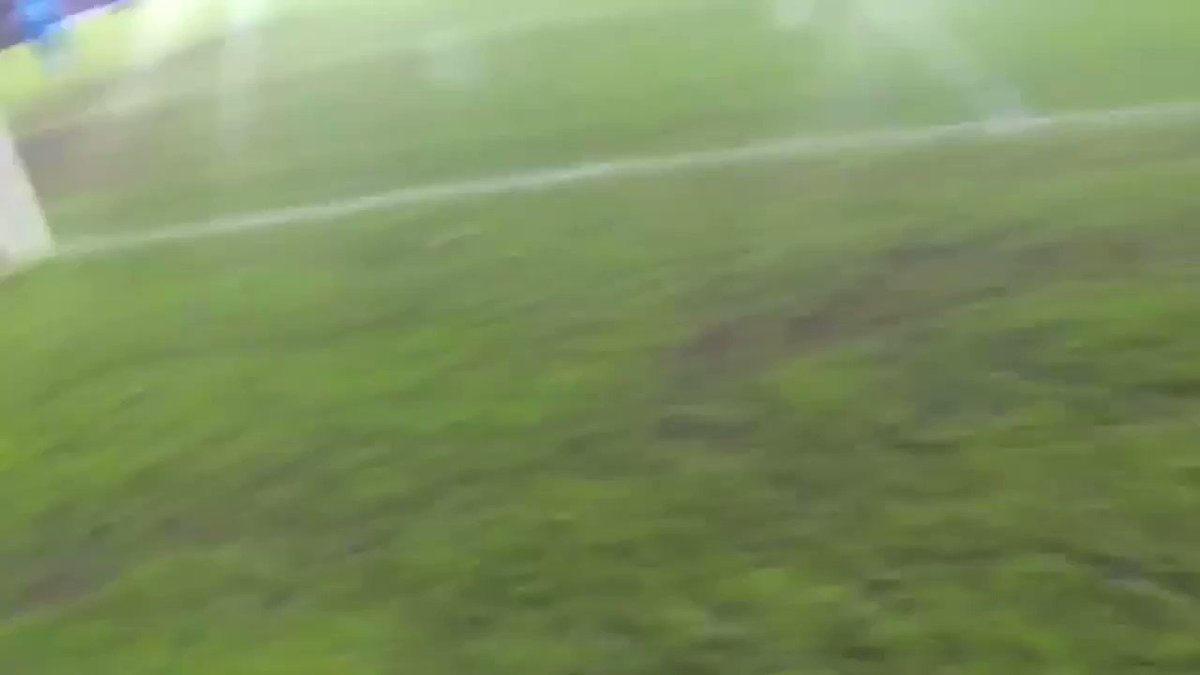 Replying to @waibooo: Quite possibly the best moment in football vlogging history: