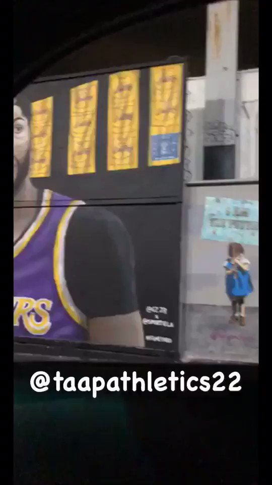 Anthony Davis mural goes up in Los Angeles 👀‼️#taapathletics   • • #lakers #LosAngeles #nike #art #paint #painting #mural #respect #LeBronJames #AnthonyDavis #espn #sportscenter #firsttake #overtime #ballislife #nbc #nba #wnba #basketball