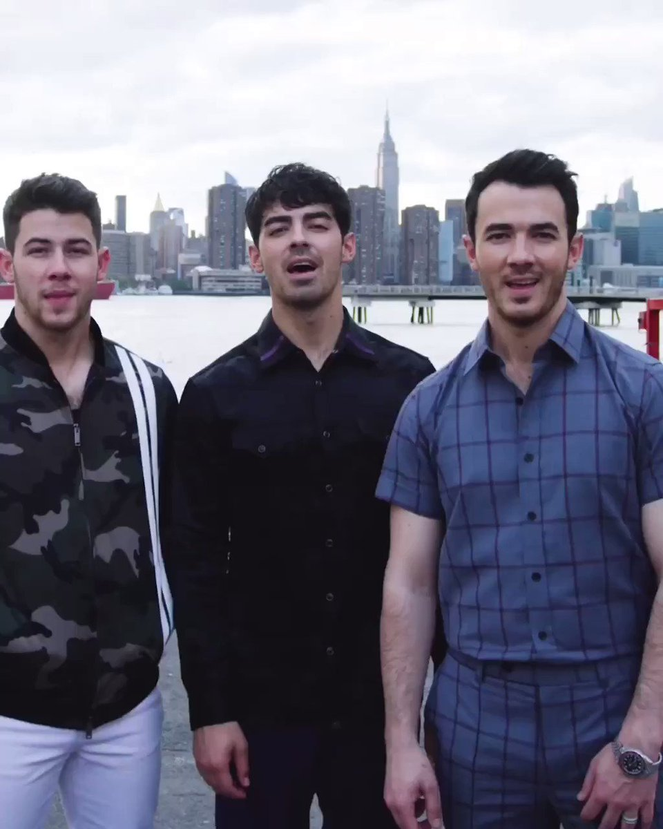 We talked a bit about the creation of our new album with @Spotify before our album release carnival in NYC 🎡 Listen to #HappinessBegins now! #JBSpotifyCarnival http://jonasbrothers.lnk.to/HappinessBegins/spotify…