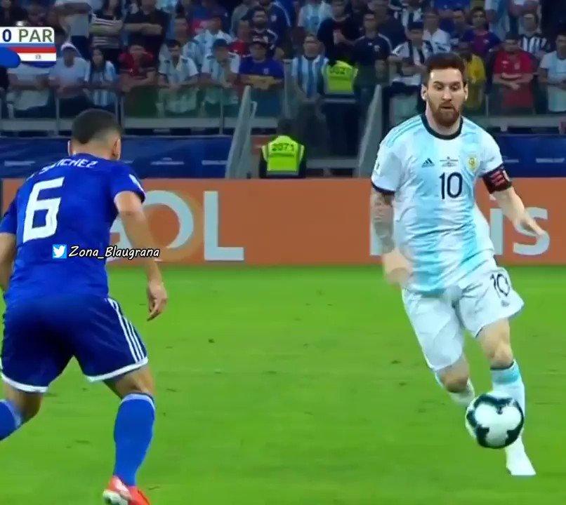 @Lionel10Team's photo on Messi