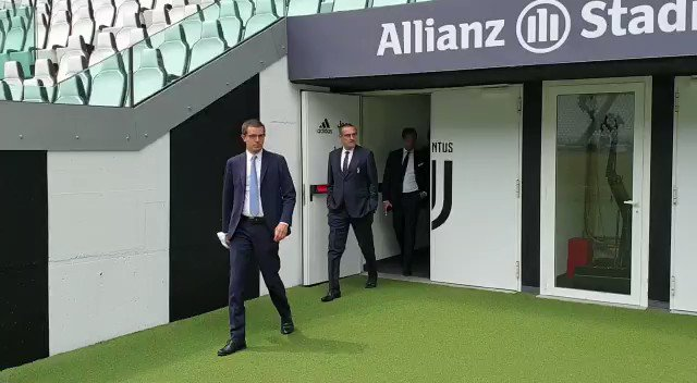 Embedded video video: you won't believe what juventus boss sarri said about premier league VIDEO: You won't believe what Juventus boss Sarri said about Premier League 2iLG6UEzIICvfEZn format jpg name small