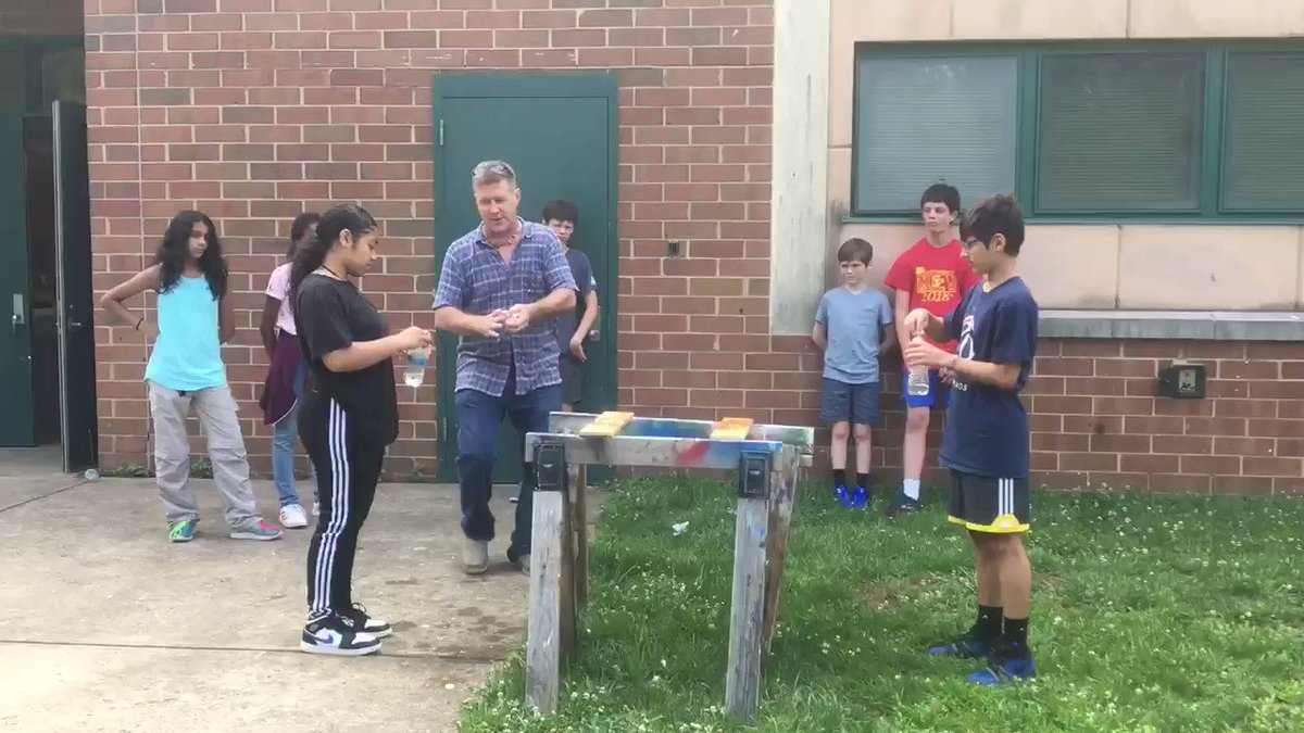 What to do on the last day?? FIRE ROCKETS !! <a target='_blank' href='http://twitter.com/APSGunston'>@APSGunston</a> <a target='_blank' href='http://twitter.com/APS_CTAE'>@APS_CTAE</a> <a target='_blank' href='https://t.co/LUW4TK6TjJ'>https://t.co/LUW4TK6TjJ</a>