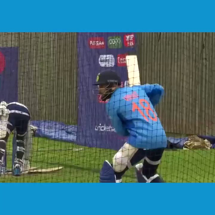 """""""Boundary"""", """"Yes, perfect!"""" - Virat Kohli providing commentary for his own batting in the nets #CWC19"""
