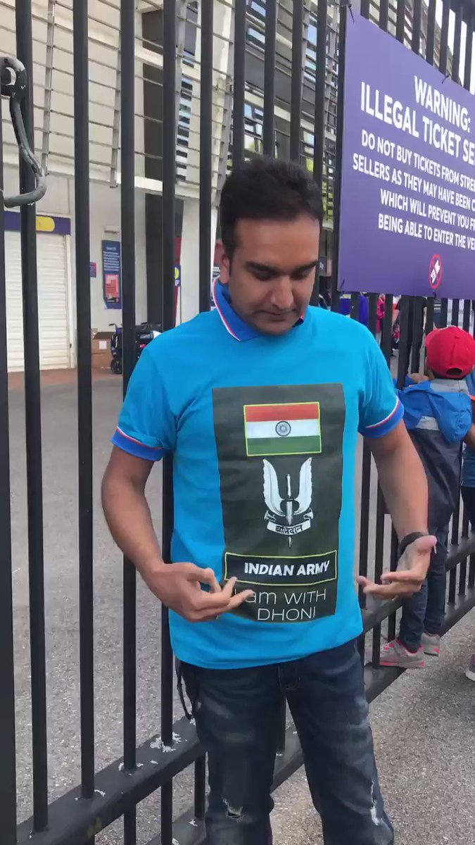 Spotted outside Southampton , a fan showing support to #MSDhoni wearing the #balidanbadge with pride on his t-shirt , says his way of showing love for #Dhoni and how proud it feels to be #indian and support for the #indianarmy #CWC2019 #INDvAFG