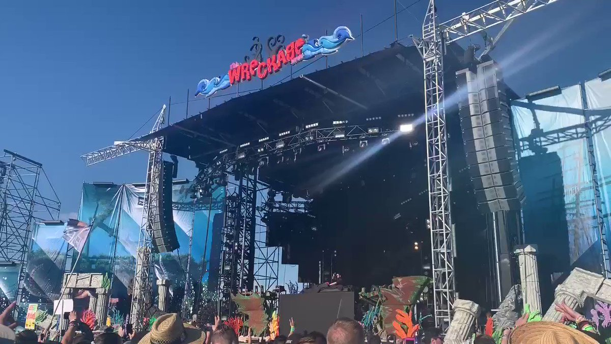 @PhaseOneAU  slayed my soul at Paradiso... excuse the screams. #phaseone #Paradiso2019 #destroymewithdubstep #usceventspic.twitter.com/GDN0hTMtuD