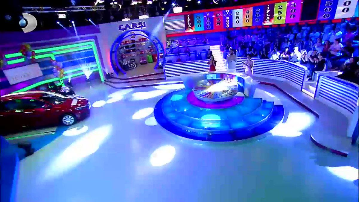 #Çarkıfelek eğlence dolu anlarla şimdi #KanalD'de!  @emrekarayel01