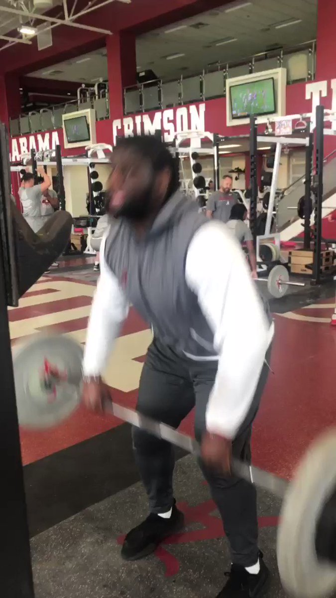 🏋️♂️💪😤  @DalvinTomlinson back in T-town to get that work in.   #BuiltByBama #Bamafactor #RollTide