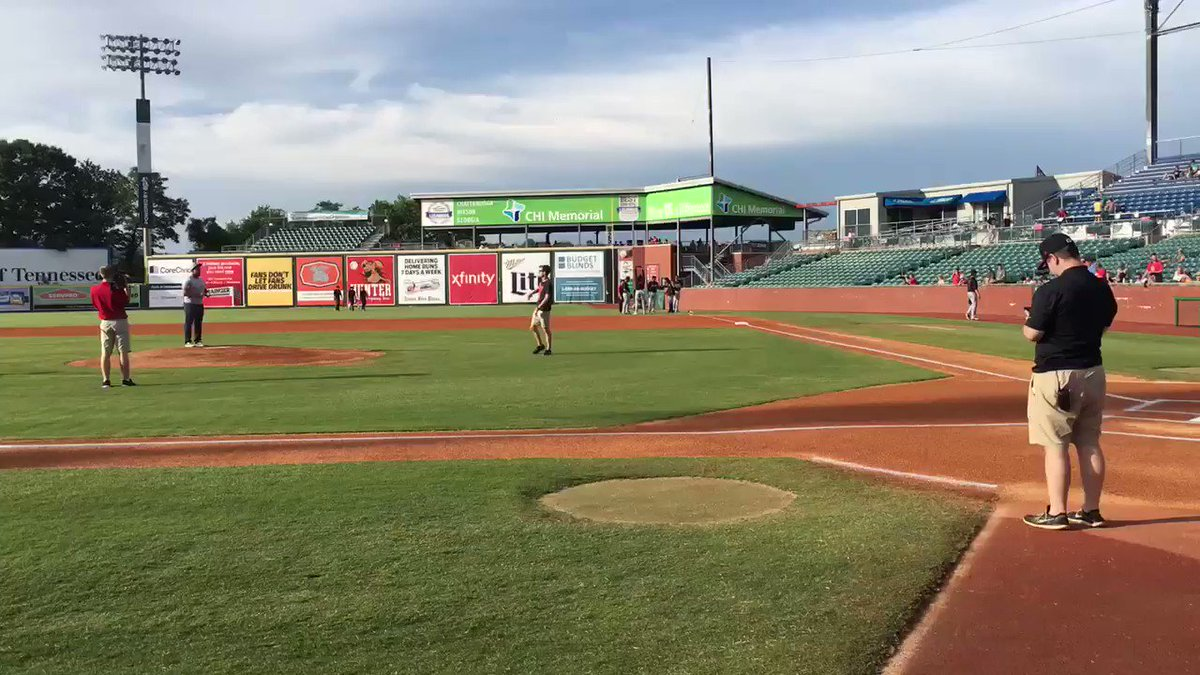 Thank You @ChattLookouts for letting me throw out one last first pitch! ⚾️ (I made it to the plate and that is all that matters!!!)#TheCrowdDidntBoo