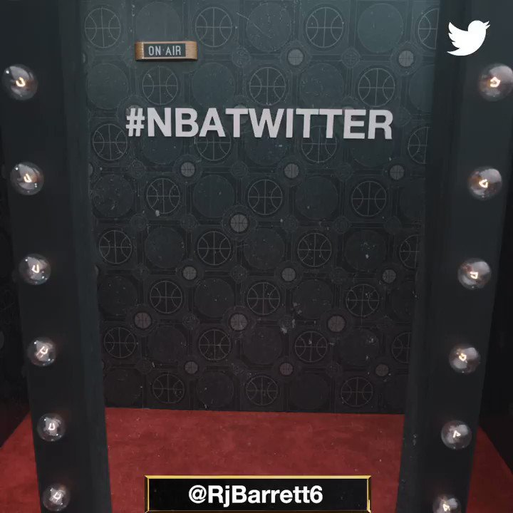 #3 overall pick to the @nyknicks... @RjBarrett6 is in LA for the 2019 #NBAAwards! #NBATwitter