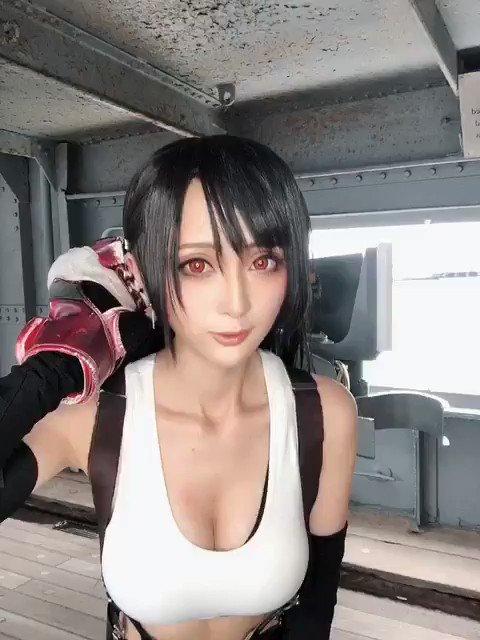 コスプレイヤーカモミールのTwitter動画24