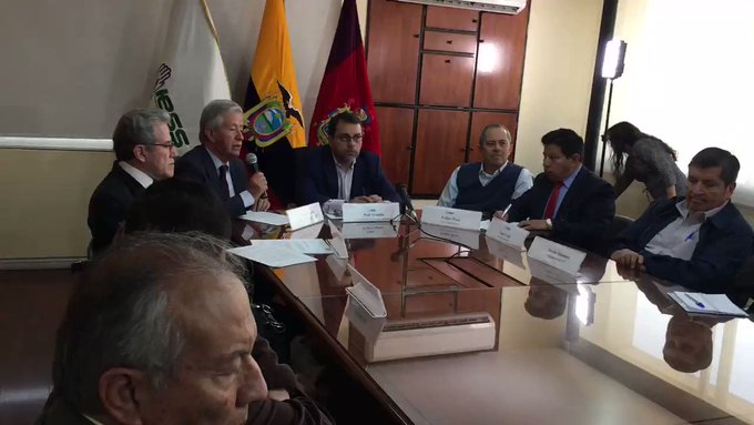 La Comisión Anticorrupción denuncia sobreprecios en adquisición de fármacos del IESS en Guayaquil