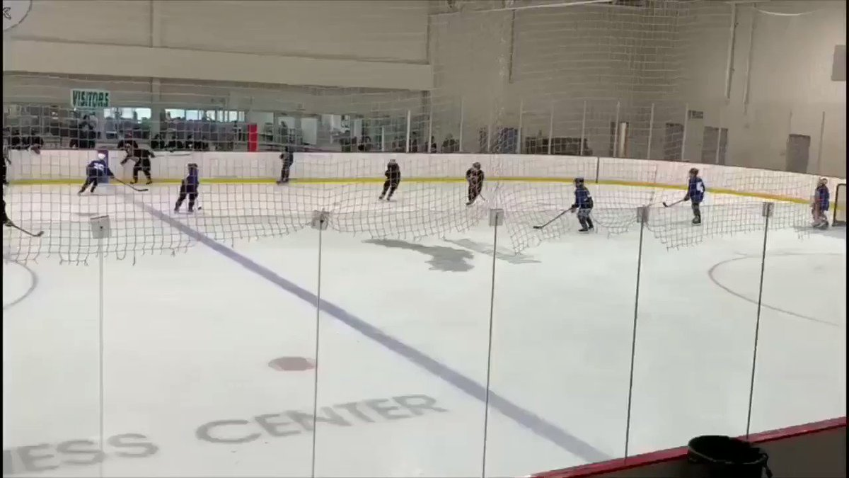 @SportsCenter @ESPN #SCtop10 In between the legs goal!! Tucker Spaulding in the Michigan Meijer State games last weekend. Under 10 divison. Team Metro North. #meijerstategames #hockey @MiHockeyNow