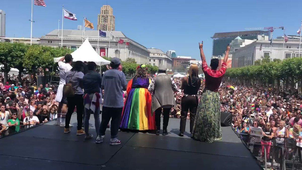 .@TanyaSaracho's powerful words today at #SFPride. #VidaSTARZ🌈