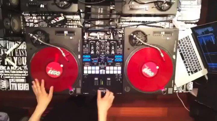 Freaky Friday- S.O.S #dj #toneplay  @djschool_narapic.twitter.com/Yh6ogtNQyz