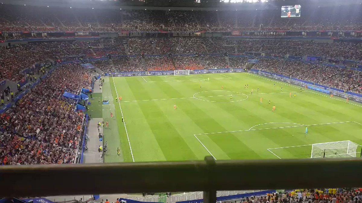 Women's World Cup: Dutch striker van de Sanden at home in Lyon final