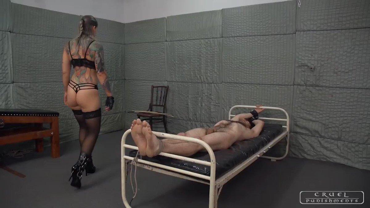 Femdom severe corporal punishment — pic 2