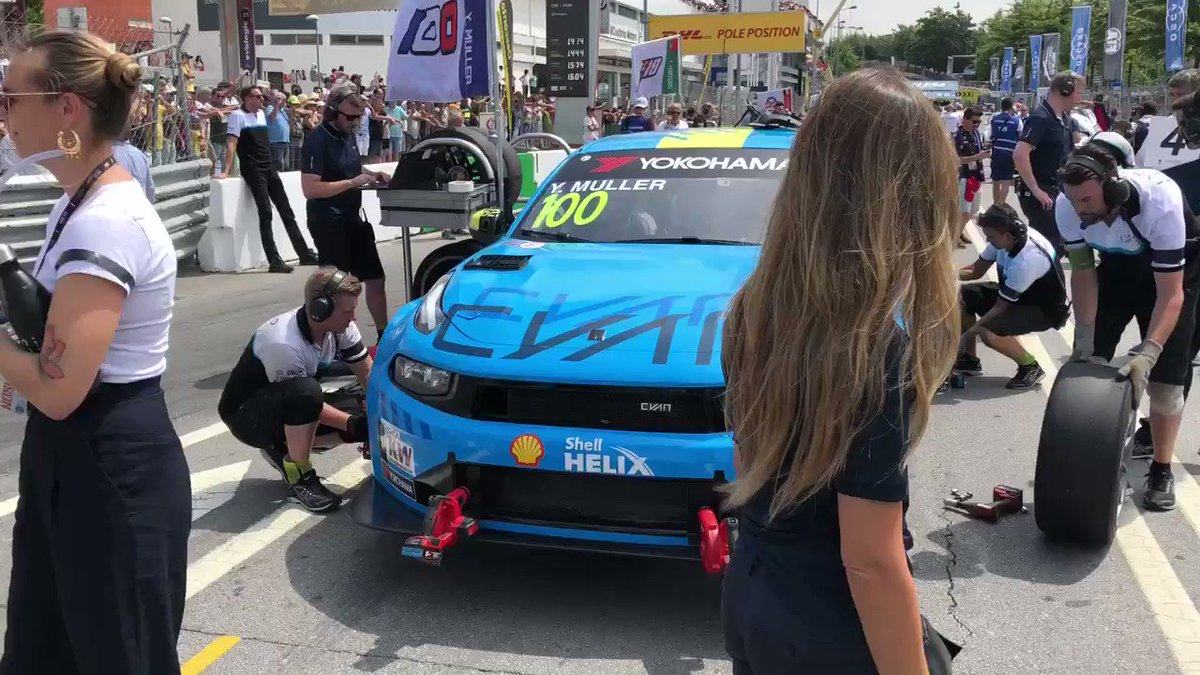 We are on the grid for @FIA_WTCR Race 2 at #VilaReal with @yvanmuller lining up P7, @YannEhrlacher P8, @Bjorkbm P15 and @andypriaulx P19.