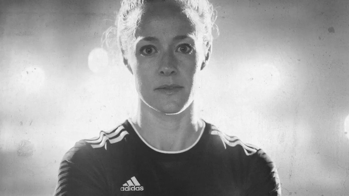 Dare to be the best in the world. Then do it again. #DareToCreate​ . @beckysauerbrunn @LindseyHoran . #FIFAWWC