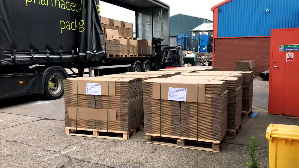 Image for the Tweet beginning: 🚛📦 Another fresh delivery of