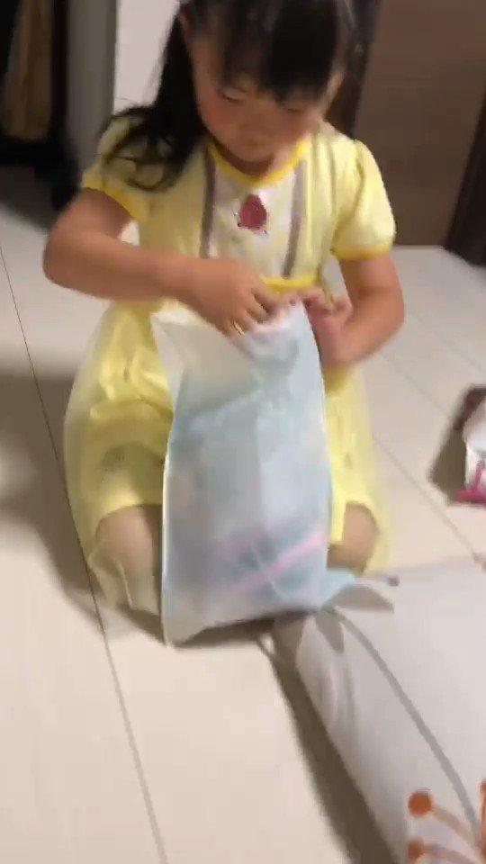 先月の娘の誕生日o(^o^)o 海外の動画か!! HIKAKIN君に届け~~笑