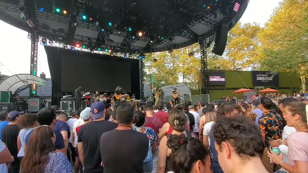 Un verano en NYC  #summerstagenyc  #summervibes  #summerlifestyle pic.twitter.com/ftuZGLMtsj – at Central Park SummerStage