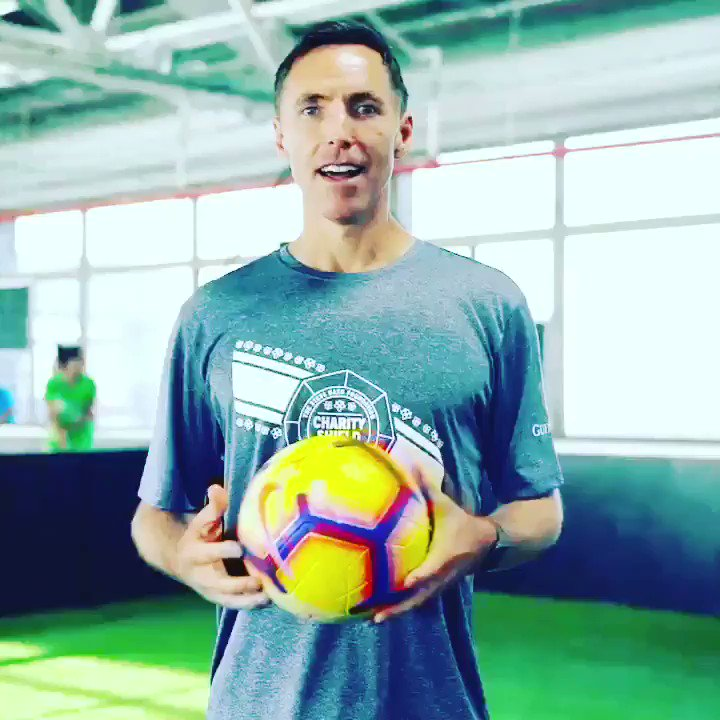 West coast footie! Join @stevenash + friends for a hilariously fun night in the pub followed by a hot day of #coed, 5-a-side #soccer and shenanigans at the #CharityShield #LA (Oct. 4/5th)! Register to own a team + dine with Steve, play on a team, or both: http://www.stevenash.org/shield .