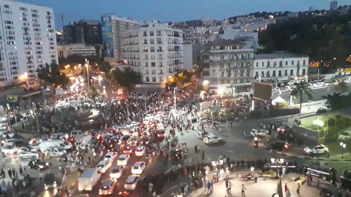 1,2,3 on est en demi 💪✌🇩🇿🇩🇿🇩🇿🇩🇿🇩🇿🇩🇿#Algeria team win..celebrations #الجزائر_كوت_ديفوار