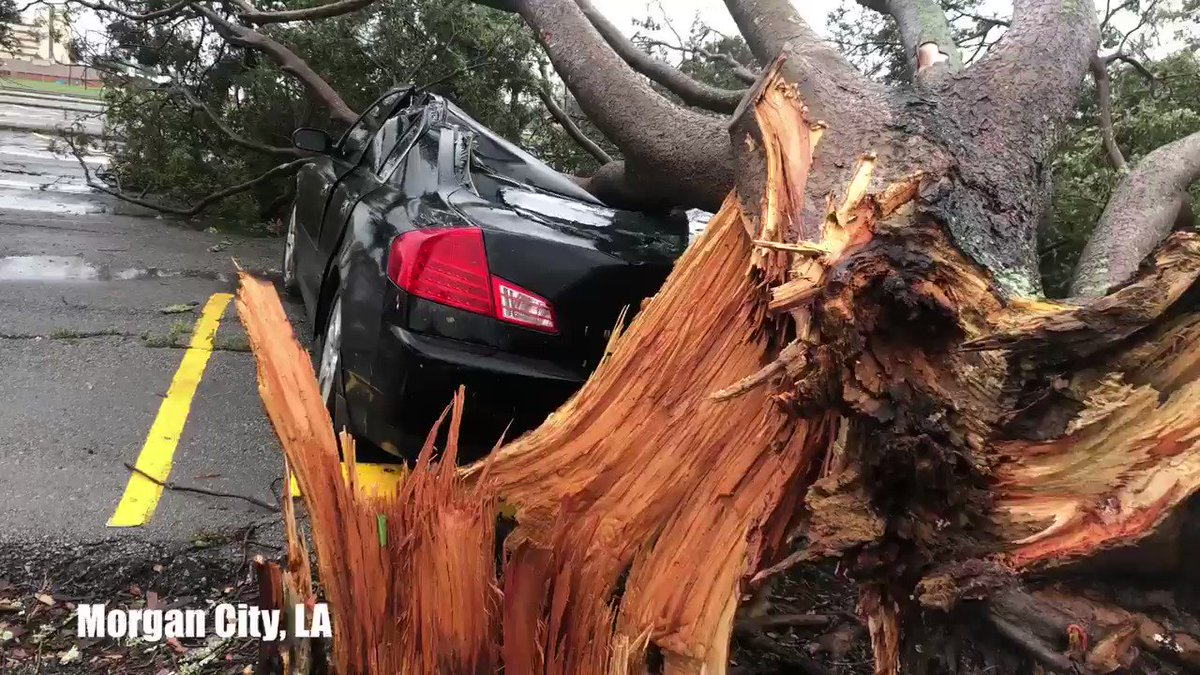 @ReedTimmerAccu's photo on #HurricaneBarry