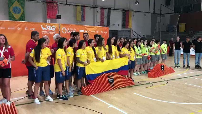 Les colombianes, guanyadores de la lligueta d'hoquei patins sènior del @wrgbarcelona disputat a #SantCugat