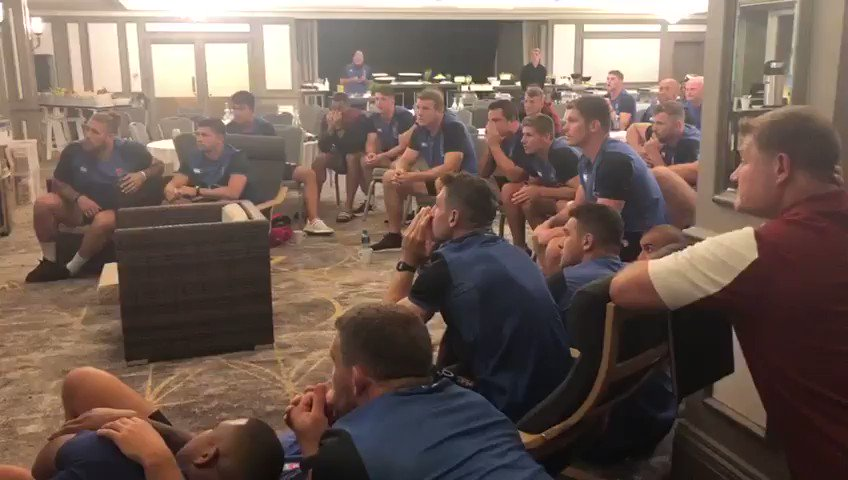 I love this. The @EnglandRugby team watching the @englandcricket team winning #CricketWorldCup2019.
