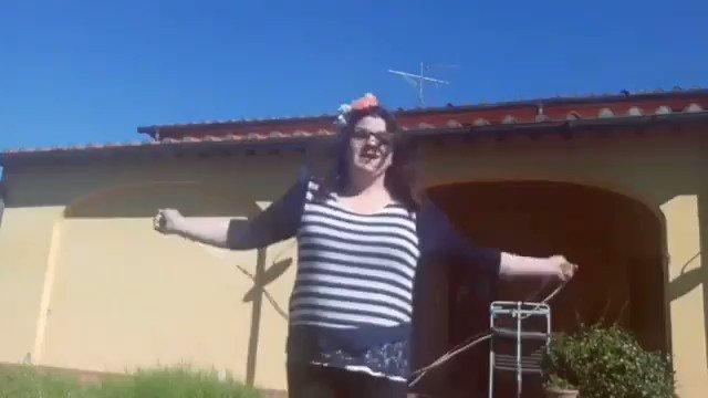 @carmelitadurso Io che provo ad avere il fisico di Barbara D'Urso #pomeriggio5 #domenicalive #noneladurso #colcuore https://t.co/dxJIpO3jsG