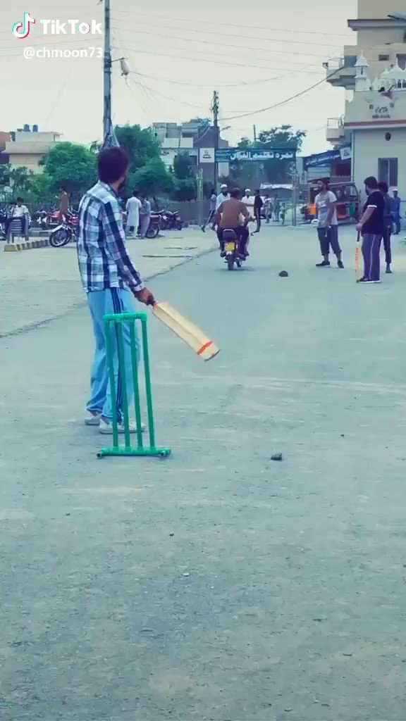 #cricket what a style!!!! 😂😂😂Pakistani talent!!! dangerous and funny bowling action deserving 10 Wickets per over 😂😂😂😂😂😂😂@_Allhamdullilah