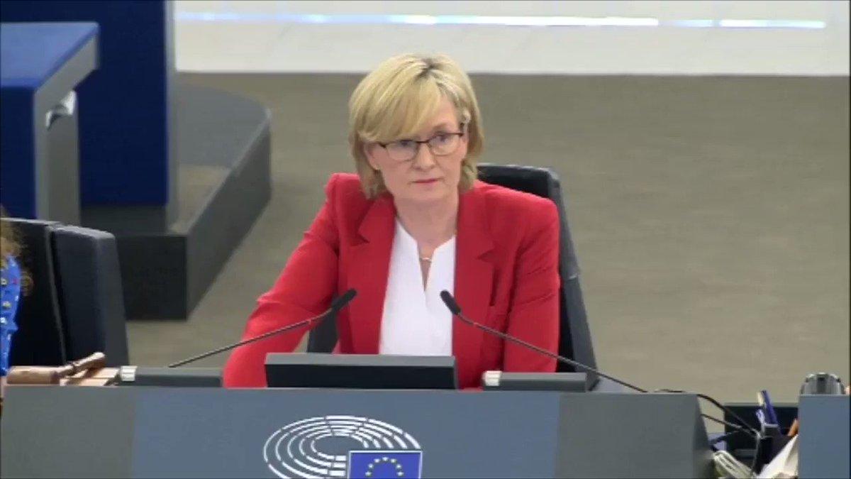 Madame @vonderleyen quelle est la valeur des engagements que vous prenez pour le #climat alors que vous soutenez l'accord avec le #Mercosur ?