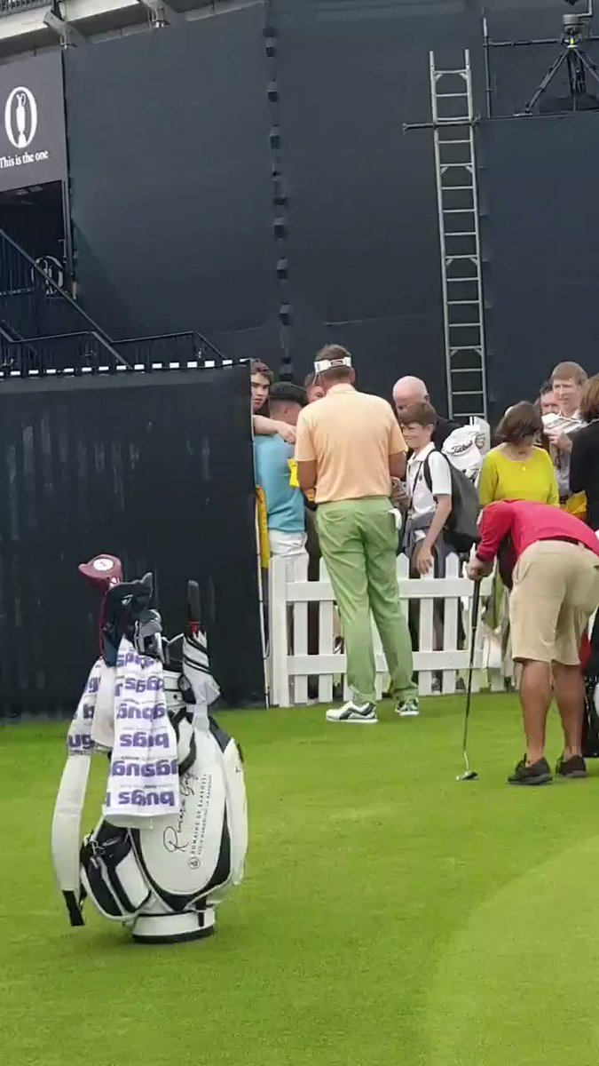 What a legend @IanJamesPoulter is... he signed everything that was pushed at him after his day!  #RoleModel #TheOpen #teampoulter