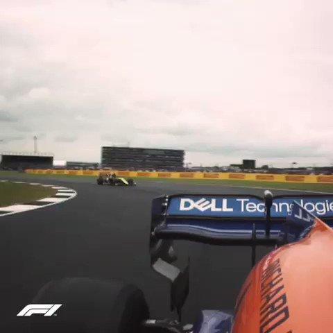 Better stick to driving I guess... 🎤 😅 @F1 @McLarenF1 @EG00  #carlo55ainz #britishgp
