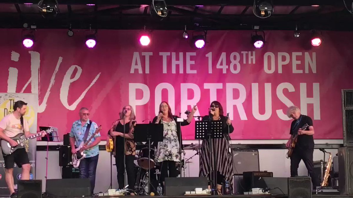 Getting into the #groove and #enjoying the #PositiveVibes  here at #Portrush  also known as #Portmagic  for #TheOpen  Great #entertainment - think they were #singing about @IrishBlkButter #Enjoy some soon