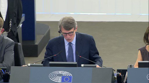 """Here is the footage from today's EU """"external delegation"""" vote.   MEPs get to visit the Caribbean, New Zealand, etc on """"fact finding"""" trips, with free cocktails.   The @brexitparty_uk are not in shot, but we all voted against.   Every other MEP voted in favour 🍹🛩🏝"""