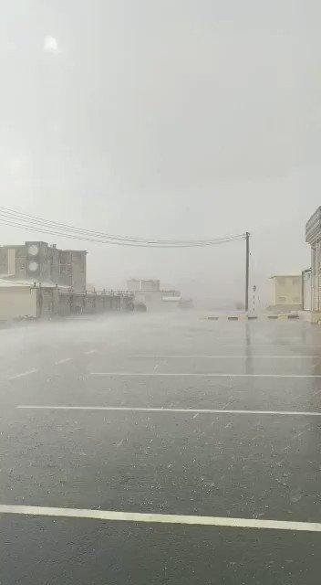 هطول أمطار الخير والرحمة بـولاية #العوابي  قبل قليل  #الخيمة_العمانية