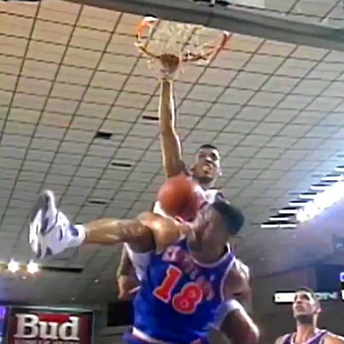 When 61 @KJ_MayorJohnson rose up on 611 John Hot Rod Williams. #TBT (via @suns)