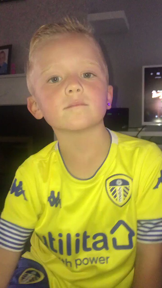 He's so excited to be mascot 😍countdown is on 🙌🏻 #freddiecallaghan #mot #lufc @Paulcal56155227 @LiamCooper__