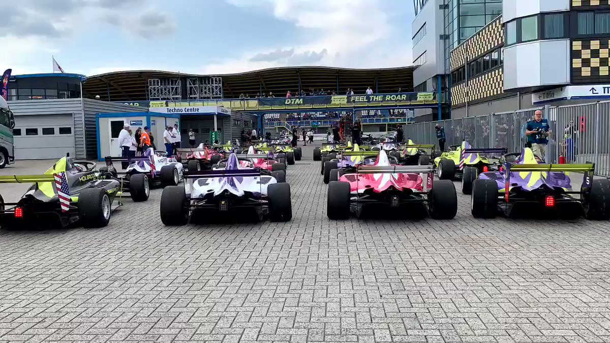 Turbo-time lapse. Let's go. #WSeries #FP2