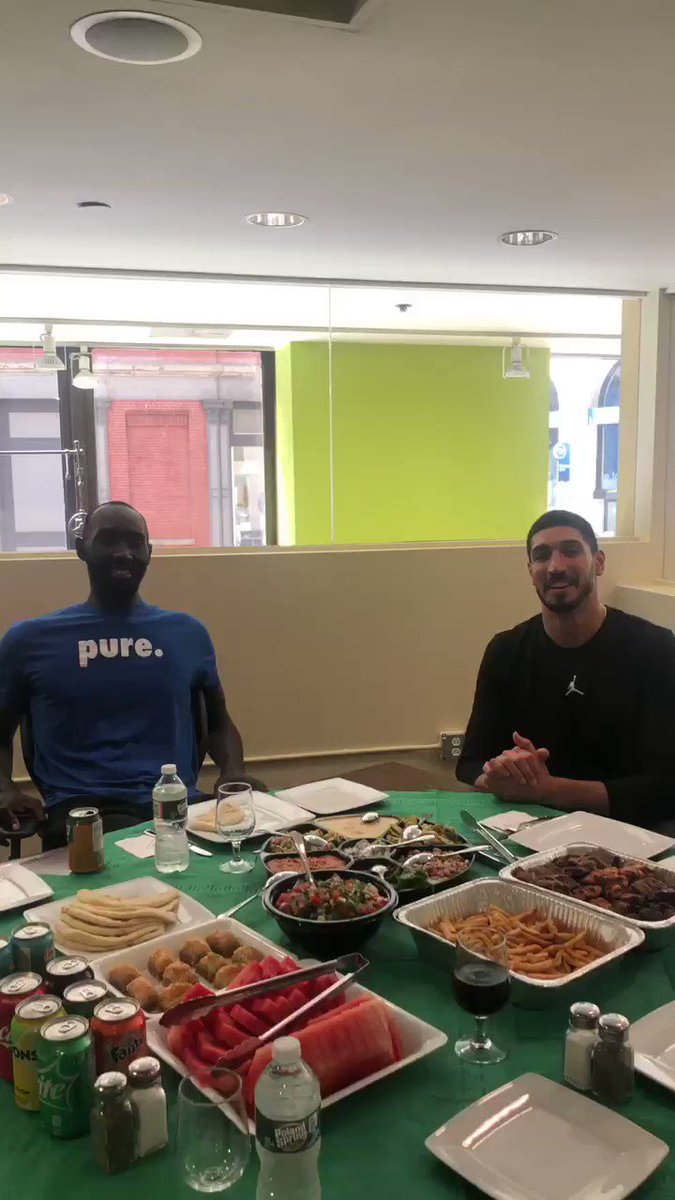 Turkish #CheatDay with the one and only Tacko Fall @tackofall99  🇹🇷 🇸🇳