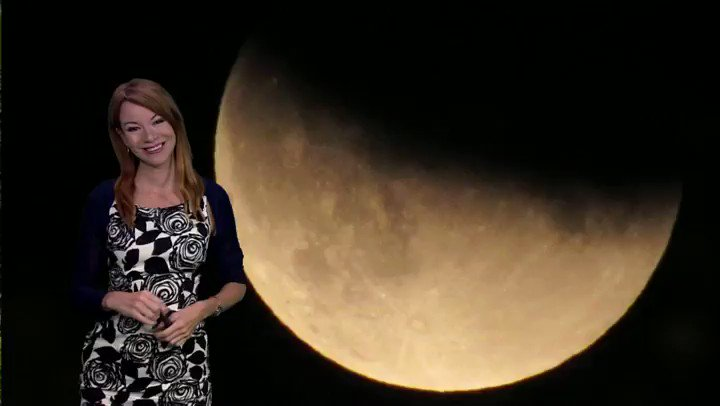 @lizzieweather @bbcweather is back this week with your weekend stargazing weather forecast! Our latest episode is on repeat this Saturday at 8pm @BBCFOUR to celebrate 50 years since the Apollo Moon landings #skyatnight #Apollo50th #astronomy