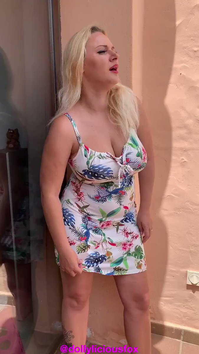 Model - Dolly Fox goddess