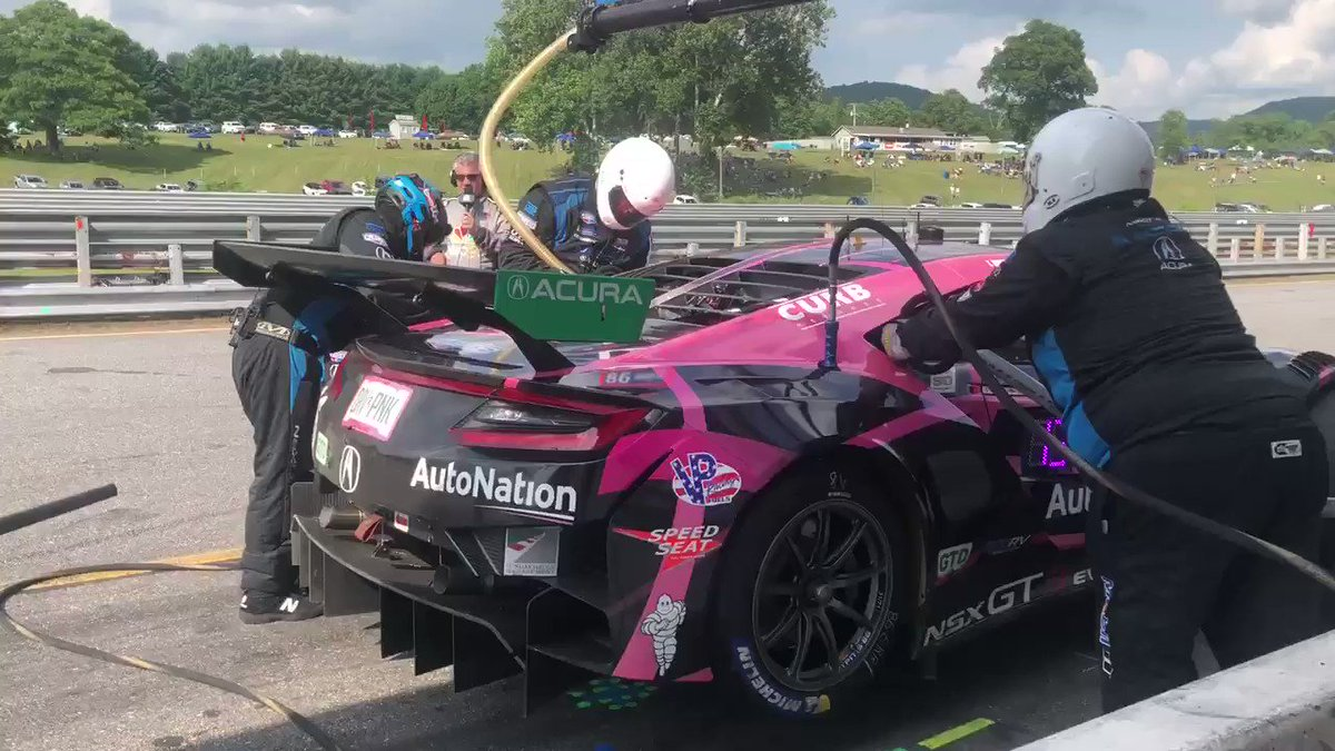 Meanwhile...@MarioFarnbacher heads in for fuel and tires with 1h remaining. #NortheastGP