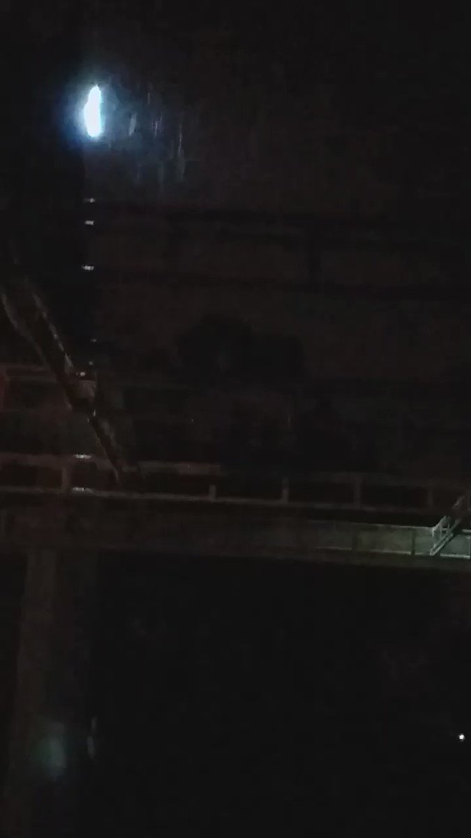 RT @JohnyTorre Comienza las lluvias en #RocasDeSantoDomingo #SanAntonio y #CostaCentral . @CEValparaiso @RNE_San_Antonio @SanAntonio_SOS
