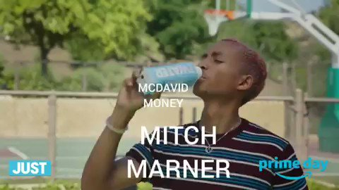 Comment Mitch Marner's AAV on his new contract! https://t.co/tAMCHhoMOJ